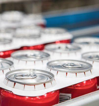 Coca-Cola implantará en noviembre en Baleares agrupadores de cartón para latas