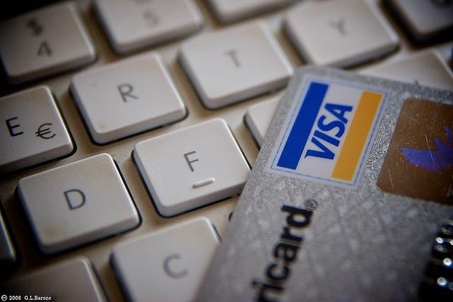 El sector turístico lidera la facturación a través del comercio electrónico
