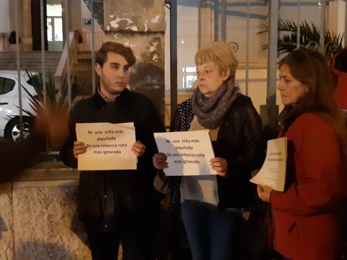 Concentración ciudadana en Palma contra la explotación de menores tutelados
