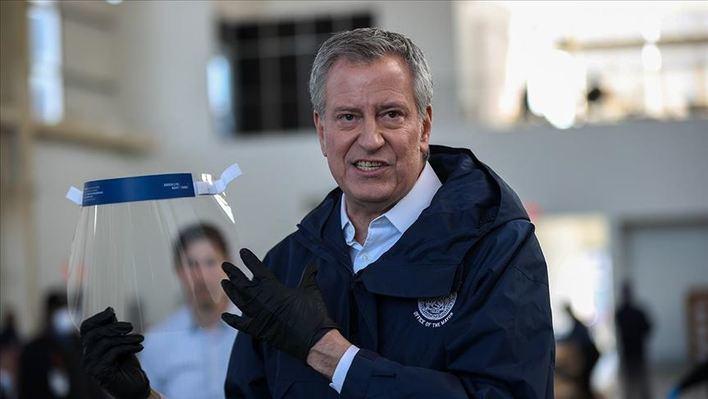 El alcalde de Nueva York suspende a sus funcionarios una semana para ahorrar