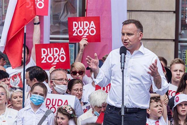 El ultraconservador Duda gana las elecciones en Polonia