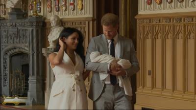 Los duques de Sussex presentan a su primer hijo ante el mundo