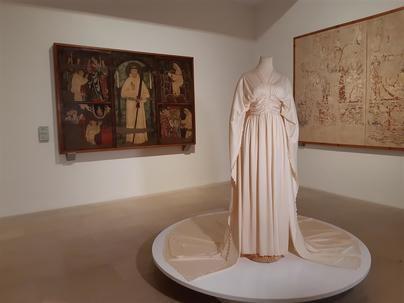 El Museo de Mallorca presenta la exposición '100 años de glamour'