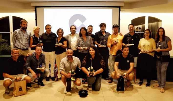 Juan Carlos Gómez y Daniela Modrok, ganadores del torneo Cope de golf