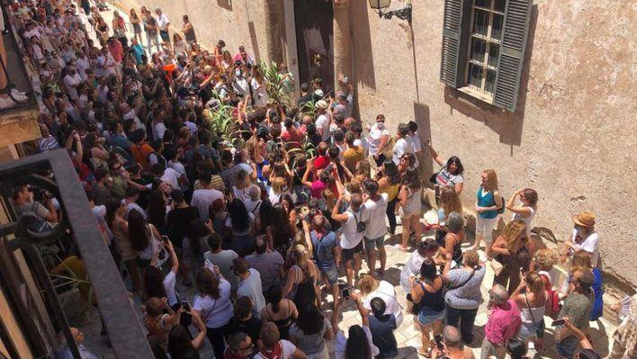 Ciutadella inicia sus fiestas de Sant Joan sin mascarillas ni distancia social