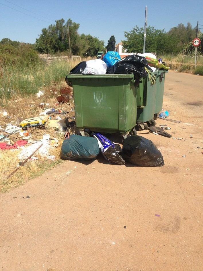 Cinco días sin pasar el camión de la basura: el PP censura el