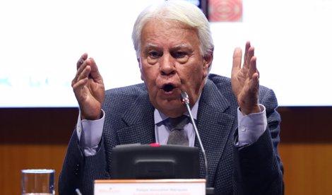 Felipe González califica de