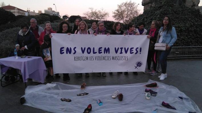 50 personas se suman en Palma a una concentración feminista
