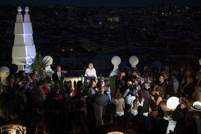 El Riu Plaza España celebró su fiesta de inauguración en la terraza de la planta 27