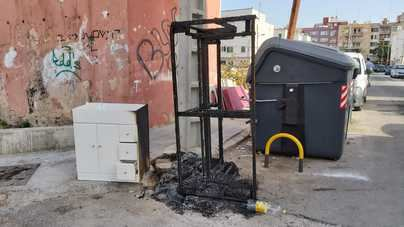 Los nuevos actos vandálicos enfurecen a los vecinos de Camp Redó