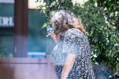 Fumar triplica las probabilidades de morir prematuramente, según un estudio
