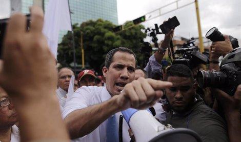 Guaidó pide a la comunidad internacional 'actuar' contra Maduro 'agotada la vía diplomática' en Venezuela