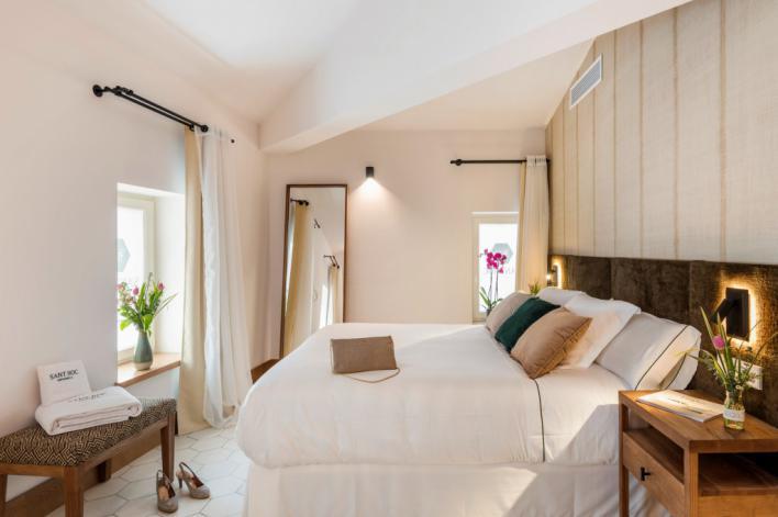 CaixaBank concede 918 millones en créditos al sector hotelero balear en 2019