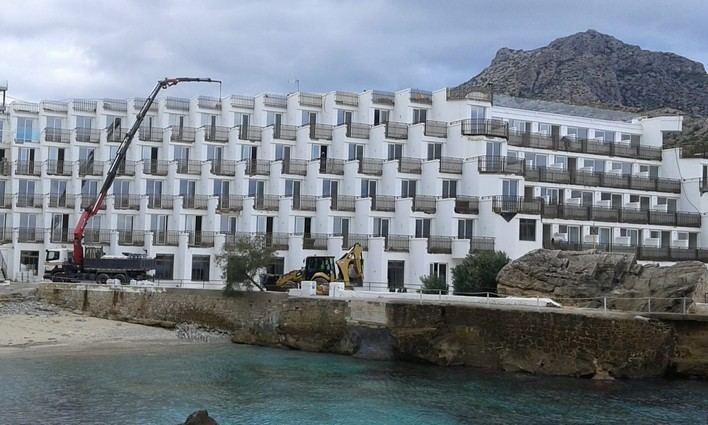 El GOB pide demoler el hotel Don Pedro en Pollença porque no cumple con la Ley de Costas
