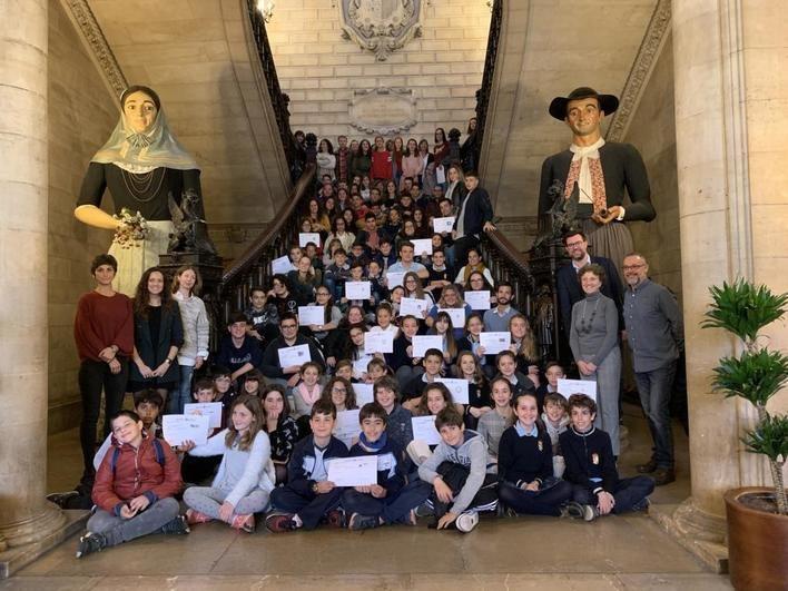 120 alumnos de Mallorca participan en el mercado de emprendedores de ICAPE