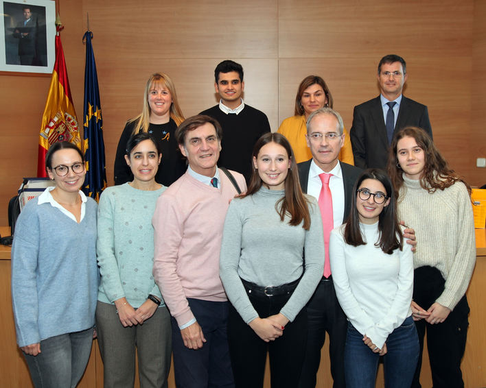Cinco estudiantes de bachillerato de Palma ganan un concurso de la Agencia Tributaria