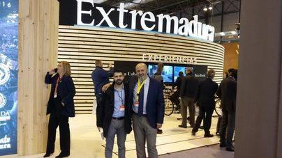 Ensenyat aprovecha Fitur para reconciliarse con Extremadura