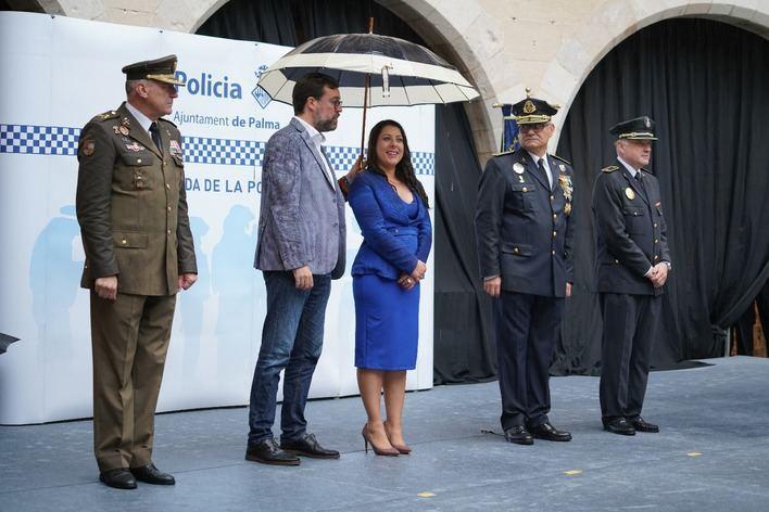 La Policía Local premia el trabajo y dedicación de sus agentes