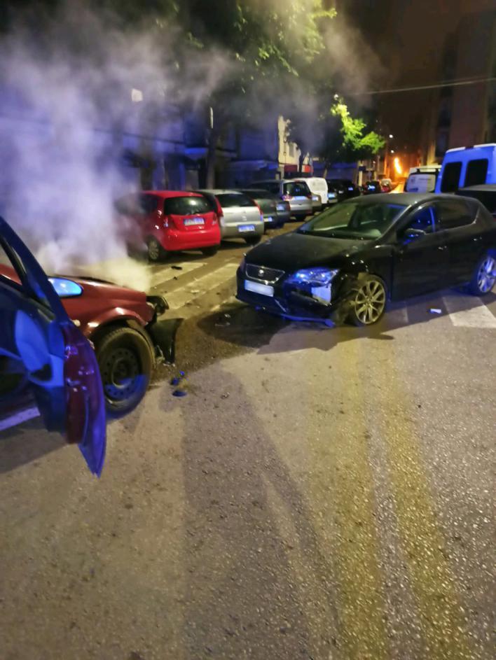 Son Gotleu: Choca contra un coche camuflado de Policía media hora después de ser cazado por otra patrulla