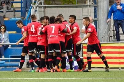 El RCD Mallorca sigue en racha y vence al Ebro por cero goles a dos