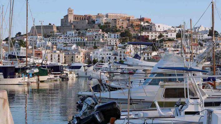 El Náutico Doce Millas reclama la cesión temporal de las instalaciones del Náutico de Ibiza