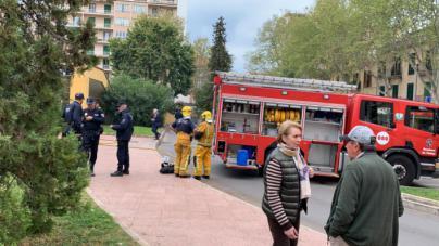 Cortan el tráfico en los alrededores de Plaza de los Patines por un incendio en el parking
