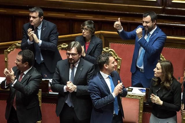 Italia adopta una ley que refuerza la legítima defensa contra los ladrones