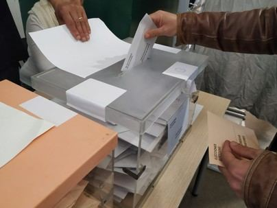 Las juntas electorales recuentan esta semana los votos, con escaños en el aire como en Baleares