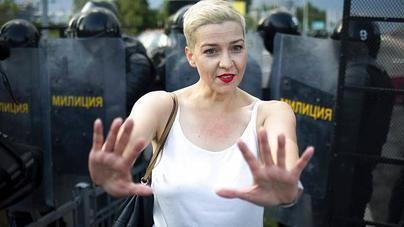 La opositora bielorrusa Kolésnikova, detenida al intentar salir del país