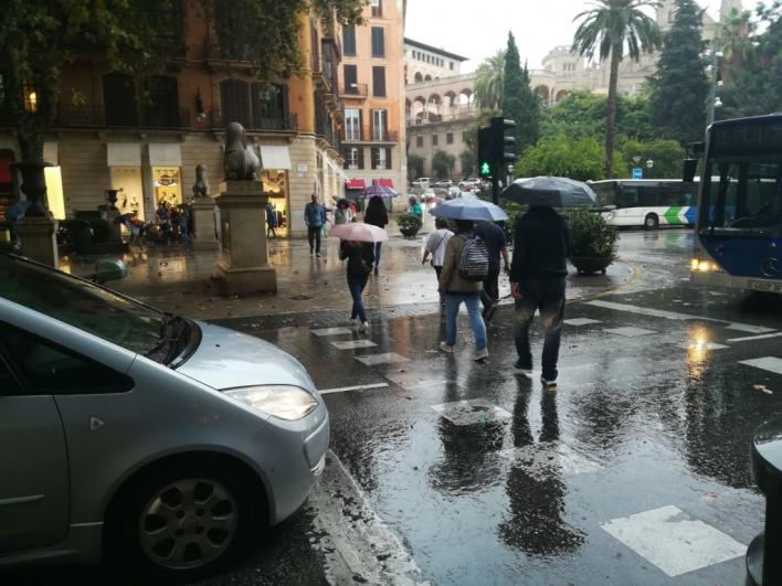 El otoño arranca con lluvia y un descenso de las temperaturas en Baleares