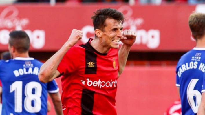 El Mallorca se mete en los playoff al ganar al Zaragoza (3-0)