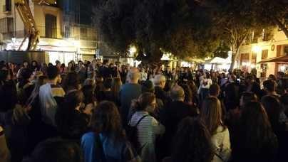 Masiva concentración en Cort contra la sentencia a la 'manada' de Manresa