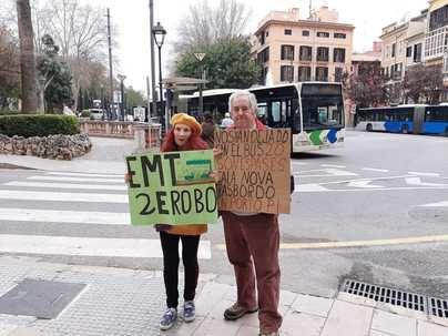 Suspendida la marcha en coche en protesta por la reordenación de líneas de la EMT