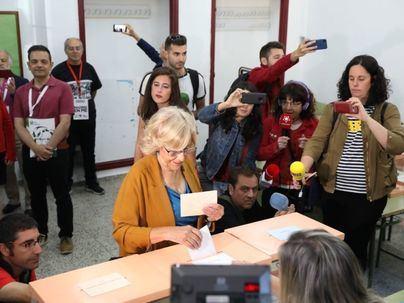 Carmena pierde el Ayuntamiento de Madrid y el PP mantiene la Comunidad