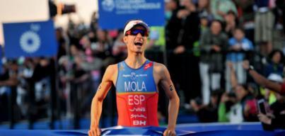 El mallorquín Mario Mola gana en Mooloolaba