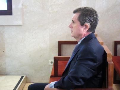 Jaume Matas, condenado a 10 meses de cárcel por el 'caso Son Espases'