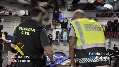 Guerra policial a las falsificaciones en s'Arenal: 1.655 productos incautados y 20 investigados