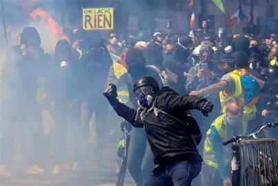 Cargas policiales y más de 160 detenidos en las protestas del 1 de mayo en París