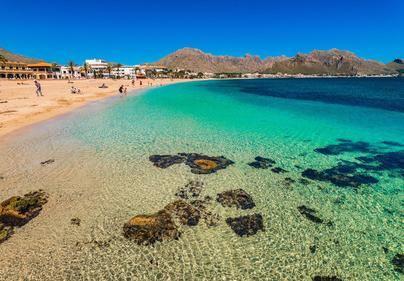 Los hoteleros de Pollença exigen soluciones inmediatas para parar los vertidos fecales a la playa