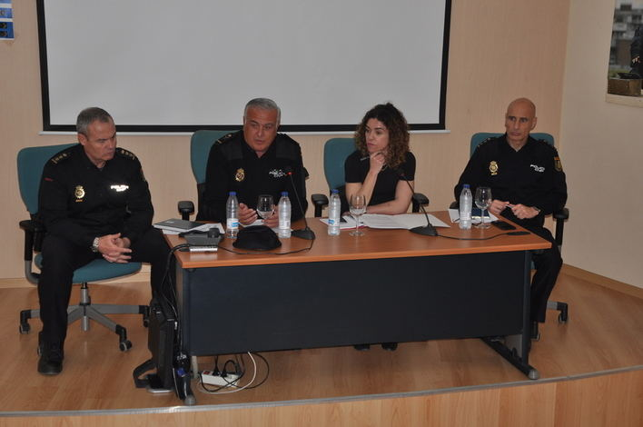 Las asociaciones vecinales piden mayor coordinación entre cuerpos policiales
