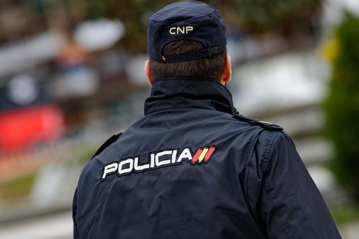 La juez envía a la cárcel a seis detenidos de la red de carteristas y destierra a 20