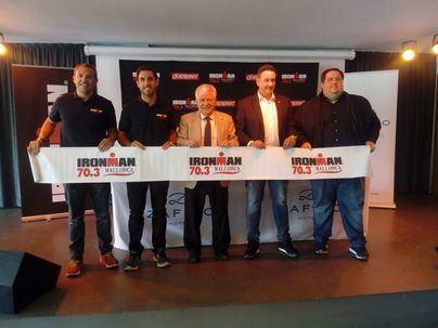 3.800 triatletas compiten en la Iroman 70.3 de Alcúdia este sábado