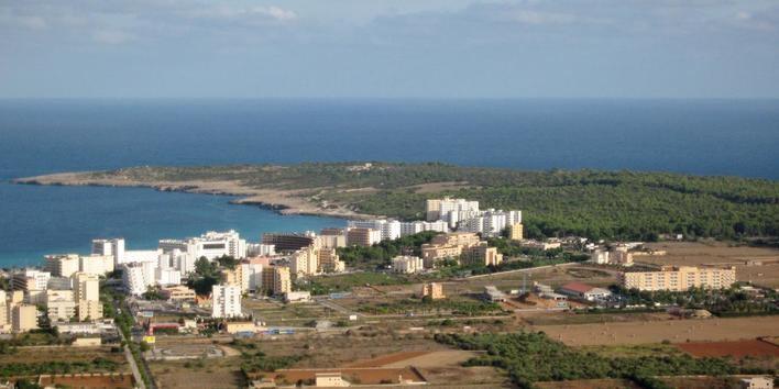 Un joven de 17 años fallece mientras buceaba en la Punta de n'Amer en Sant Llorenç
