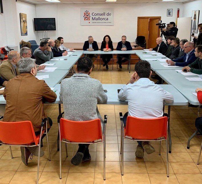 20 municipios del Raiger y norte de Mallorca reciben 3,8 millones para obras y servicios