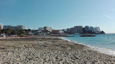 Magaluf recoloca arena para ampliar sus playas de cara a la temporada alta