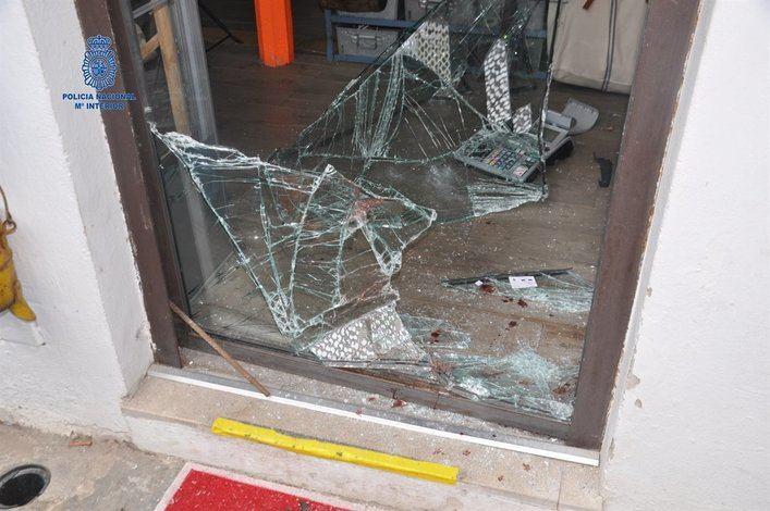 Detenido un hombre en Palma por el rastro de sangre que dejó desde el lugar del robo