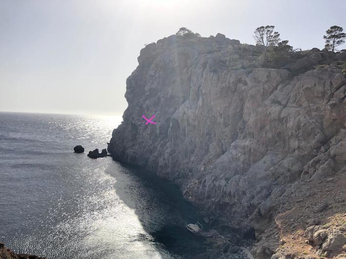Fallece un escalador precipitado desde 15 metros en Sa Foradada