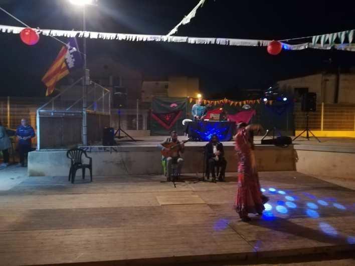 Ses Cases Noves del Coll paga 1.200 euros al no aportar Cort el material para su Fiesta Andaluza