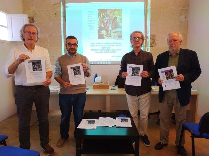 Sociedad Civil Balear denuncia el adoctrinamiento en los libros de textos en Baleares