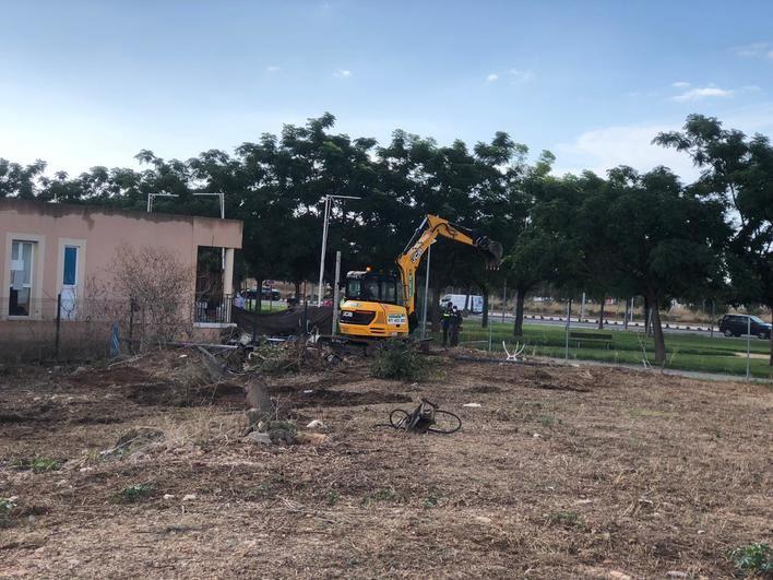Cort inicia el derribo de los pisos ilegales de Son Güells
